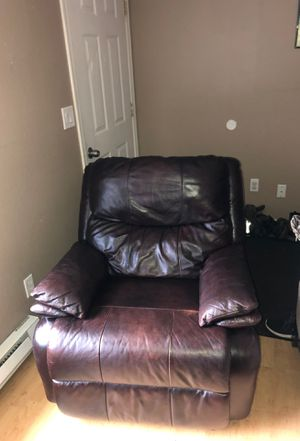 Leather recliner for Sale in Selah, WA