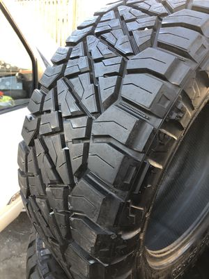 33/12.50R20 Nitto Off road tires (4 for $600) 90%++ for Sale in Santa Fe Springs, CA