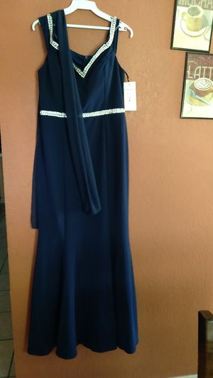 Night gown dress for Sale in Phillips Ranch, CA