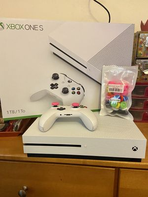Xbox One S Console & Controller BRAND NEW in the box for Sale in Ontario, CA