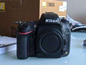 Nikon D600 for Sale in Concord, CA