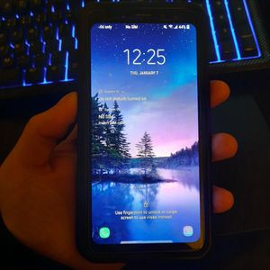 Samsung Galaxy S8 Active Waterproof for Sale in Kennewick, WA