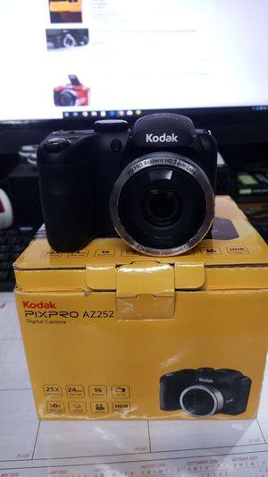 Kodak pixpro digital camera az252 for Sale in Surprise, AZ
