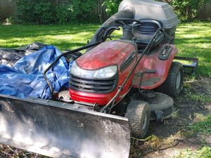 Craftsman Riding Lawn mower for Sale in Bolingbrook, IL