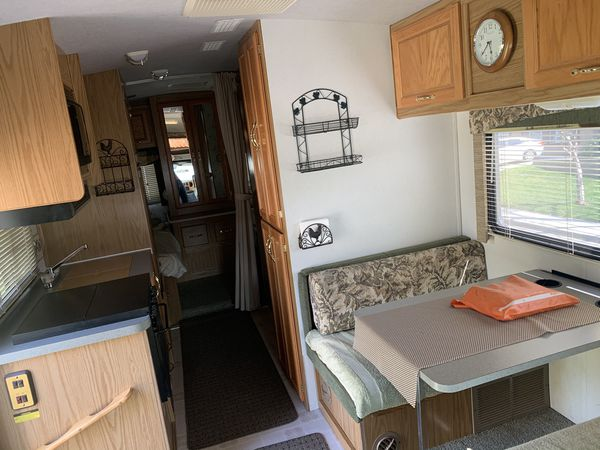 1999 Jamboree Class C RV 26 FT. - Twin Beds Model for Sale ...