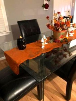 Office chair & table for Sale in Sanford, MI