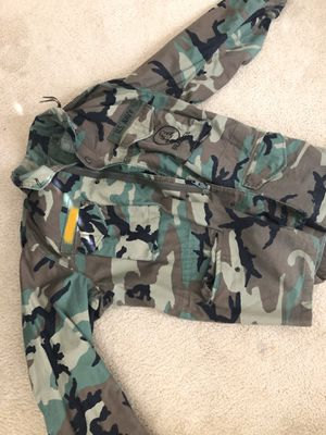 US Navy Seabee MILITARY DESERT STORM COLD WEATHER PARKA SIZE large Long WITH cold weather liner!! for Sale in San Diego, CA