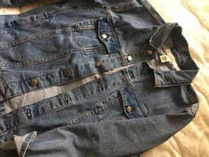 H&M denim jacket men's size medium for Sale in Fort Washington, MD