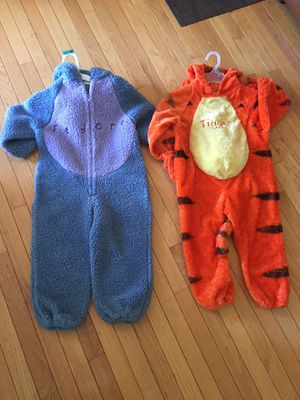 Size 4/5T Orange Tigger / Blue Eeyore Costume for Sale in St. Charles, IL