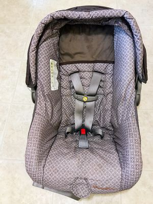 Car seat rear facing $20 for Sale in Bloomington, IN