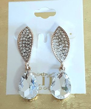 New goldtone faux diamond acrylic and crystal dangling post earrings for Sale in Fullerton, CA