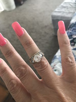 Wedding ring set for Sale in Four Oaks, NC