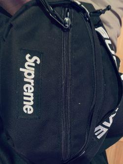 Supreme Bag Ss18 Original for Sale in Germantown,  MD