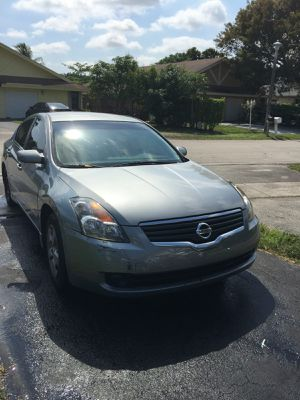 2007 Nissan Altima for sale at a price of $2000 for Sale in Pompano Beach, FL