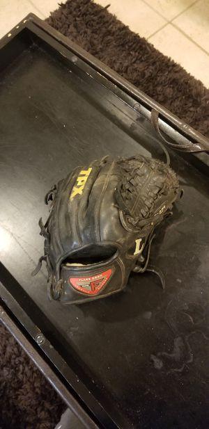 "Louisville Slugger 11.5"" Pro Flare Baseball Glove for Sale in Monroe, CT"