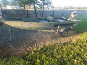 14' aluminum jon boat for Sale in Seguin, TX