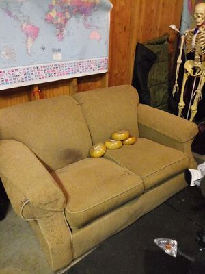 Couch for Sale in Shoreline, WA