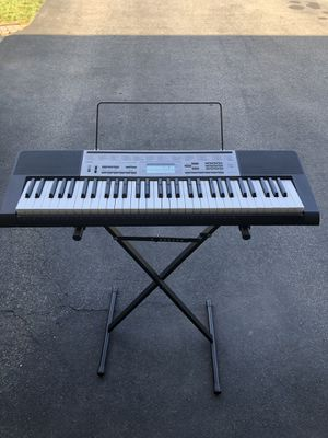 Casio Piano Keyboard for Sale in Wethersfield, CT