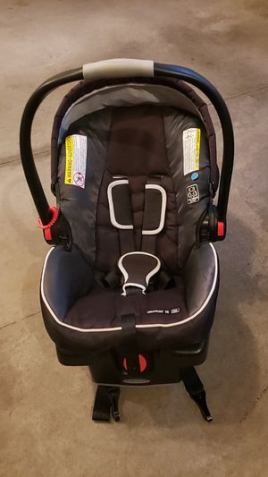 Graco- car seat for Sale in Neenah, WI