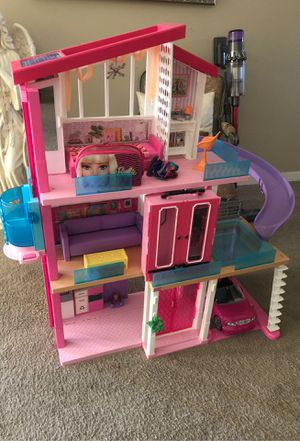 Barbie house for Sale in Fowler, CA