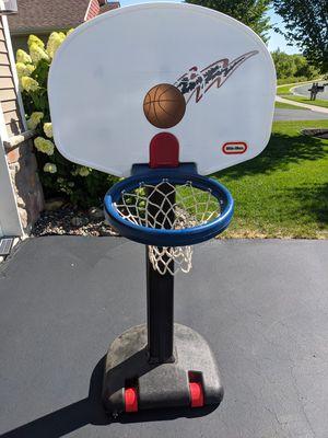 Little Kids Basketball Hoop for Sale in Elk River, MN