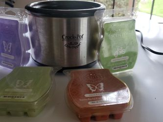 Crock Pot Little Dipper 16 oz + 4 Packs SCENTSY Wax Melts for Sale in Ontario,  CA