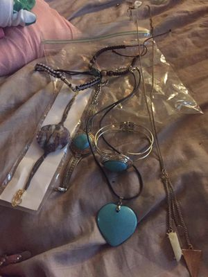 Free - Necklaces and bracelets for Sale in Davie, FL