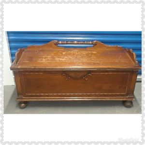 Antique Wood Cedar chest storage container for Sale in Takoma Park, MD