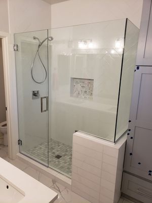 Glass sliding doors, windows, single or double pane glass lo E, shower doors for Sale in Maricopa, AZ
