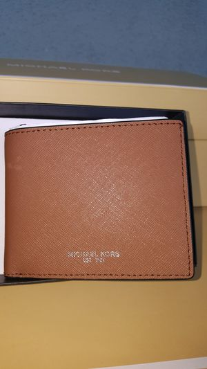 New Authentic Michael Kors Men's Wallet for Sale in Montebello, CA