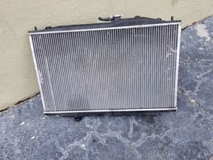 Acura TL 2004 Radiator and fans with motor for Sale in North Miami, FL