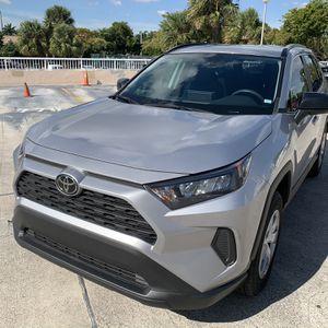 2020 TOYOTA RAV4 for Sale in Miami, FL