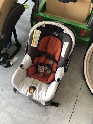 Chicco car seat for Sale in Gibsonton, FL