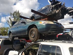 Toyota Camry 1998 2001 for Sale in Biscayne Park, FL