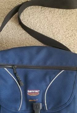 Tamrac Velocity 3 Messenger Style Camers Pack for Sale in San Diego,  CA