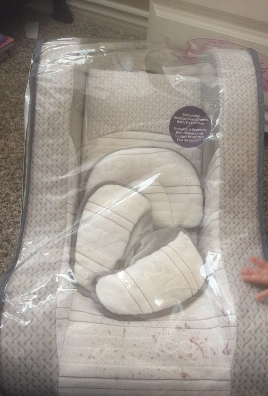 Serta Icomfort Premium Infant Napper For Sale In Corona