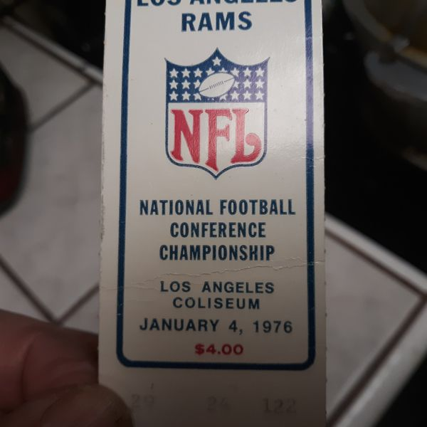 A Never used Ticket to the 1976 NFC CHAMPIONSHIP GAME. LOS ANGELES RAMS VS DALLAS COWBOYS