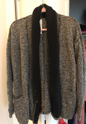 Lululemon post practice cardigan sweater for Sale in Renton, WA