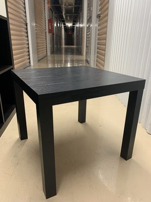 Little table for Sale in Miami, FL