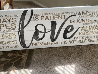 Love Is Patient Sign 5 Foot for Sale in Fresno,  CA