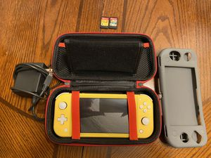 Nintendo Switch Lite for Sale in Hartford, CT