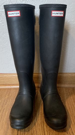 Original Adjustable Matte Black Hunter Boots-Women's Size 9 for Sale in Everett, WA