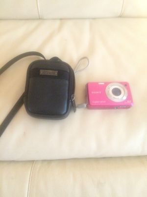 Sony cyber-shot 12.1 mega pix camera with case for Sale in Columbus, OH