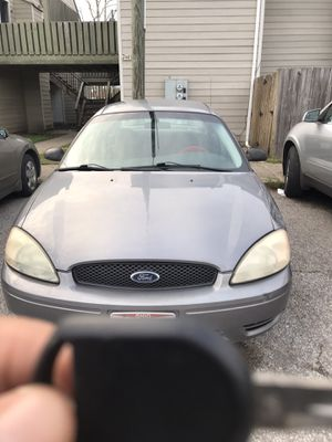 Gray Ford Taurus for Sale in Columbus, OH
