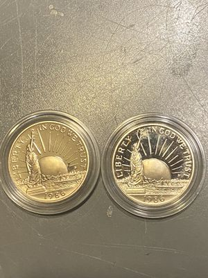 2 Statue of Liberty Half Dollars for Sale in Bloomfield, NJ