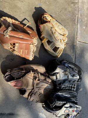 Left-handed baseball glove youth in child size for Sale in Cerritos, CA