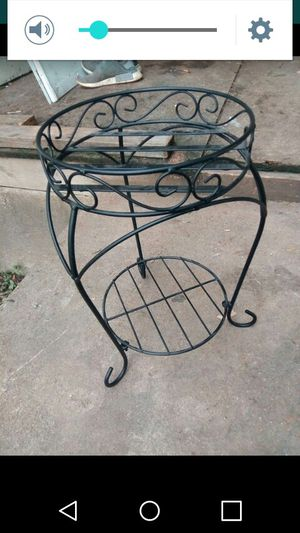 Metal plant holder for Sale in St. Louis, MO