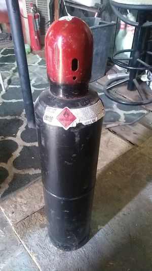 Full Acetylene tank for Sale in Fresno, CA