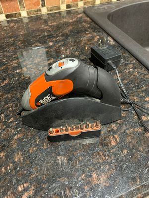 Black and decker power drill for Sale in Zephyrhills, FL
