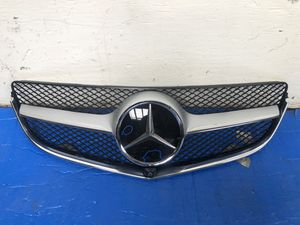 2010 2011 2012 2013 Mercedes Benz E-Class Grille OEM for Sale in Los Angeles, CA